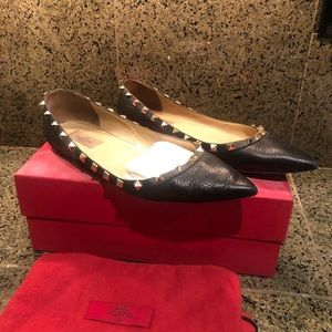 Valentino Black w/ Gold Rockstud Leather Flat